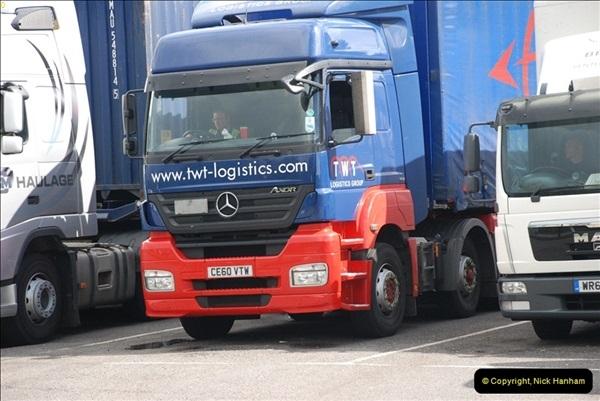 2012-08-02 Rownhams Services M27. West Bound.  (2)315