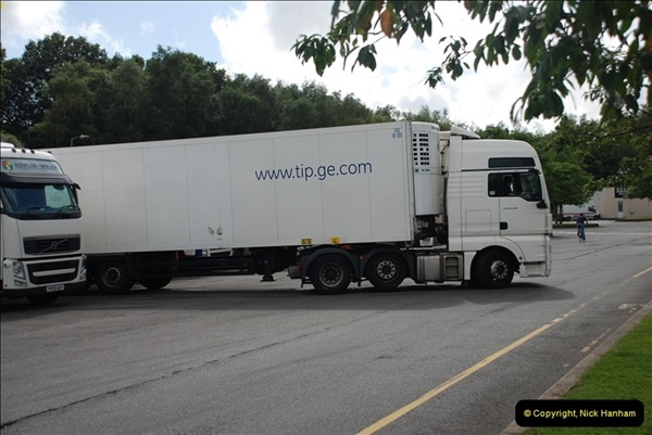 2012-08-02 Rownhams Services M27. West Bound.  (8)321