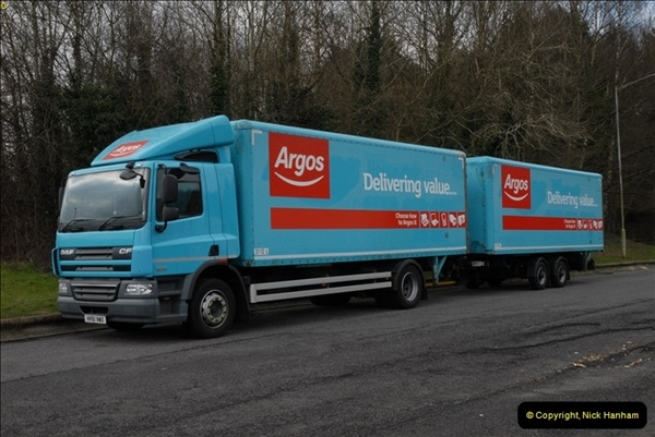 2013-04-03 Rownhams Services M27.  (9)027