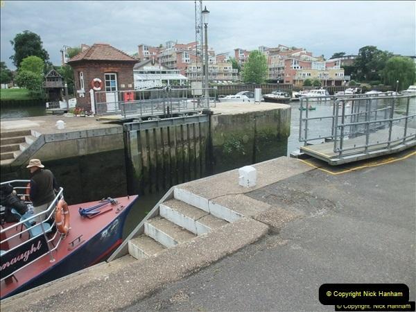 2016-06-18 Teddington Lock River Thames, Teddington, Middlesex.  (17)106