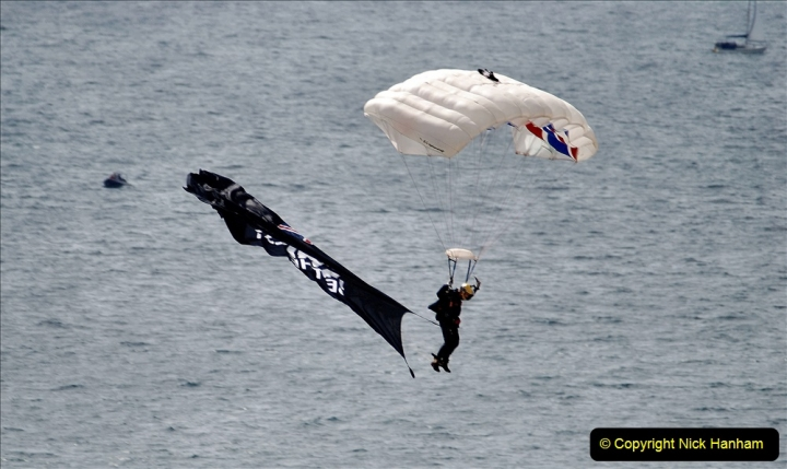 2019-08-30 Bournemouth Air Festival 2019. (22) Tigers Freefall Parachute Display Team. 022