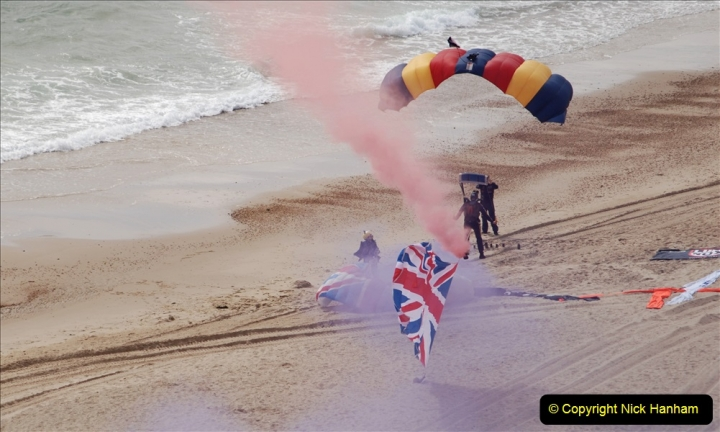 2019-08-30 Bournemouth Air Festival 2019. (29) Tigers Freefall Parachute Display Team. 029