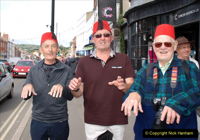 2019-09-07 Bridport Hat Festival. (290) Three Tommy Coopers!290