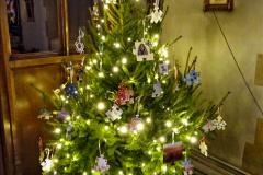 2019-12-21 St. Aldhelms Church Christmas Trees. (40) 040
