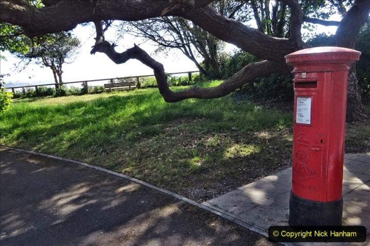 2020-05-20 Covid 19 Walk to the beach at Branksome Chine, Poole, Dorset. (39) 039