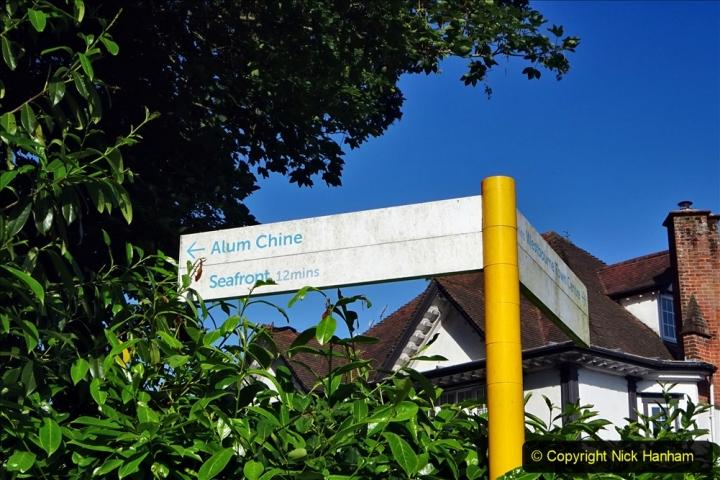 2020-05-27 Covid 19 Walks Alum Chine - Robert Louis Stevenson - View Point - Parkstone Heights. (1) 001