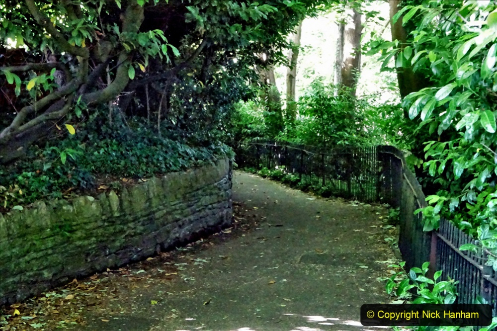 2020-05-27 Covid 19 Walks Alum Chine - Robert Louis Stevenson - View Point - Parkstone Heights. (2) 002