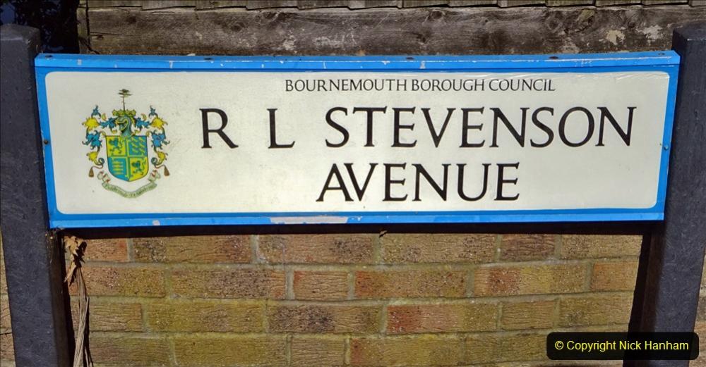 2020-05-27 Covid 19 Walks Alum Chine - Robert Louis Stevenson - View Point - Parkstone Heights. (90) 090