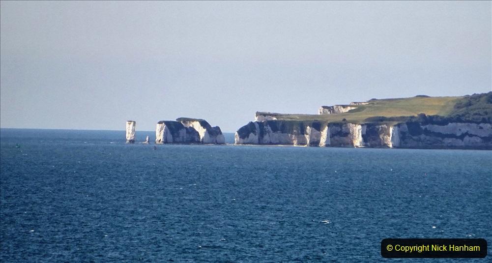 2020-05-28 Covid 19 Walk Branksome, Poole Dorset to Branksome Chine sea front. (36) 001