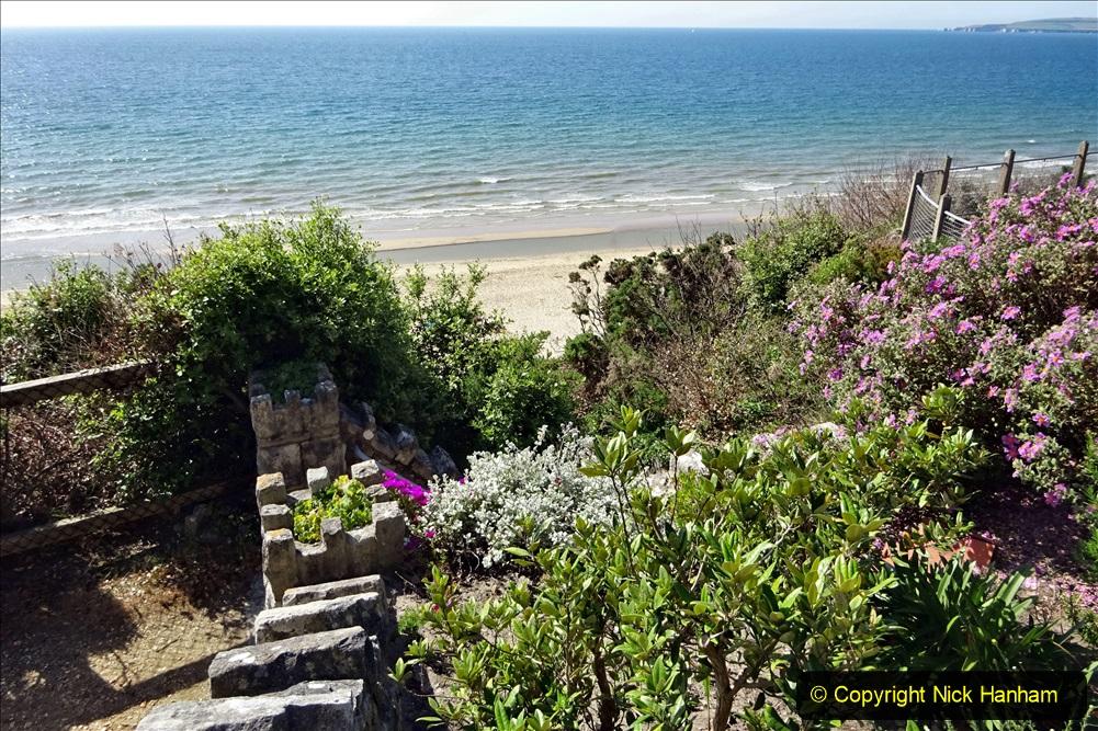 2020-05-28 Covid 19 Walk Branksome, Poole Dorset to Branksome Chine sea front. (54) 001