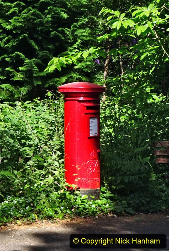 2020-05-28 Covid 19 Walk Branksome, Poole Dorset to Branksome Chine sea front. (70) 001