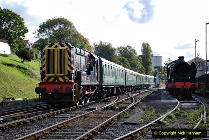 2020-09-02 Covid 19 running on the SR. (18) Service train wash. 018