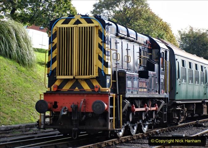 2020-09-02 Covid 19 running on the SR. (20) Service train wash. 020