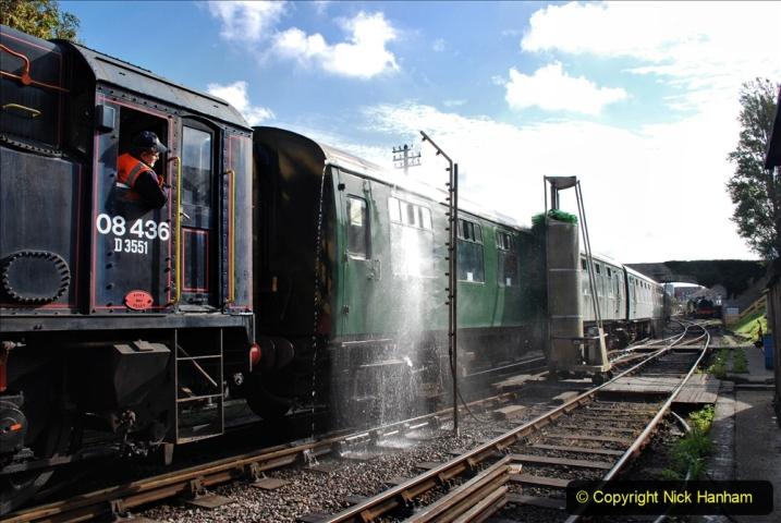 2020-09-02 Covid 19 running on the SR. (33) Service train wash. 033