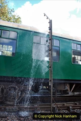 2020-09-02 Covid 19 running on the SR. (36) Service train wash. 036
