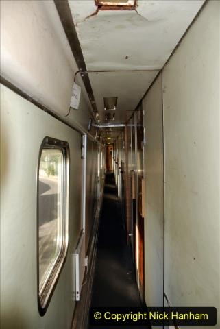2020-09-02 Covid 19 running on the SR. (7) The volunteer sleeping coach. 007