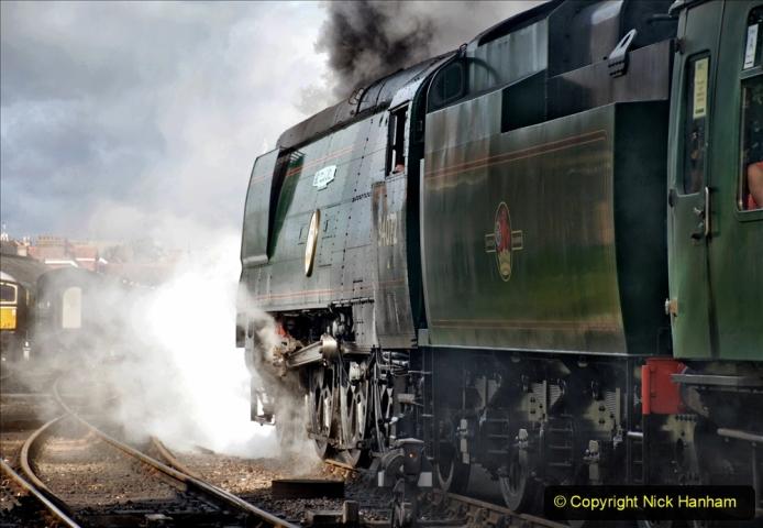 2020-09-02 Covid 19 running on the SR. (82) 082