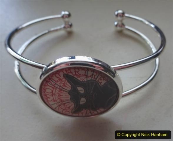 2020-10-15 A Cat Noir Collection. (15)