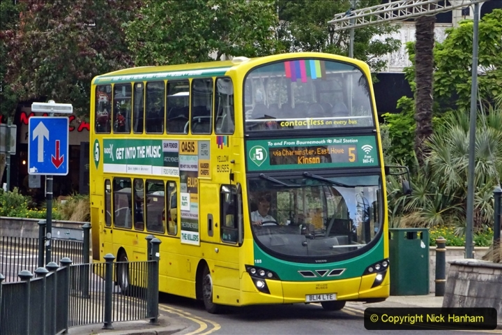 2020-09-09 More Yellow Buses Bournemouth Square. (20) 192