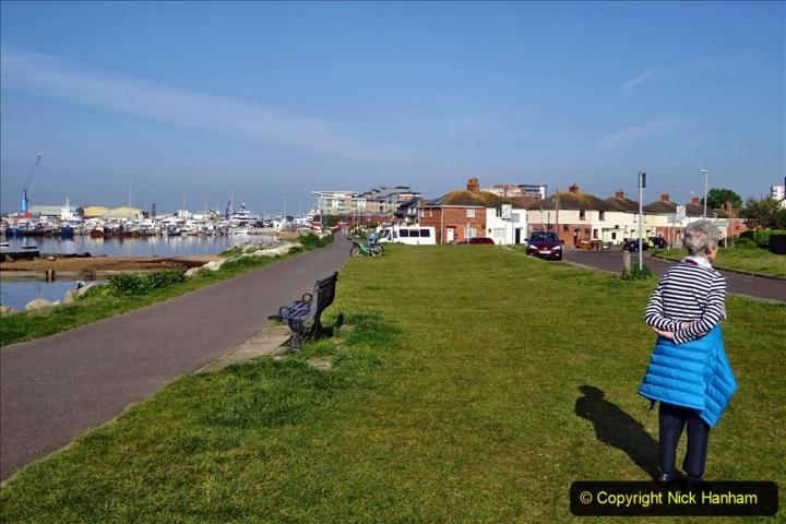 2020 May 9 Covid 19 Walk to Poole Dorset. (10) 010