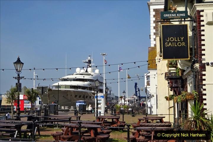 2020 May 09 Covid 19 Walk to Poole Dorset. (111) 111