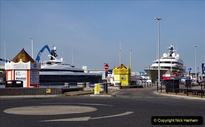 2020 May 09 Covid 19 Walk to Poole Dorset. (115) 115