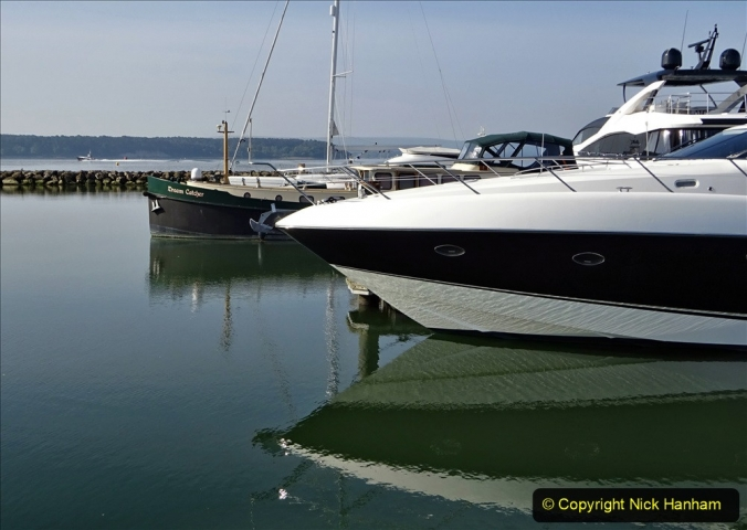 2020 May 09 Covid 19 Walk to Poole Dorset. (25) 025