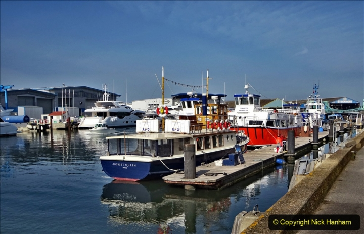 2020 May 09 Covid 19 Walk to Poole Dorset. (62) 062