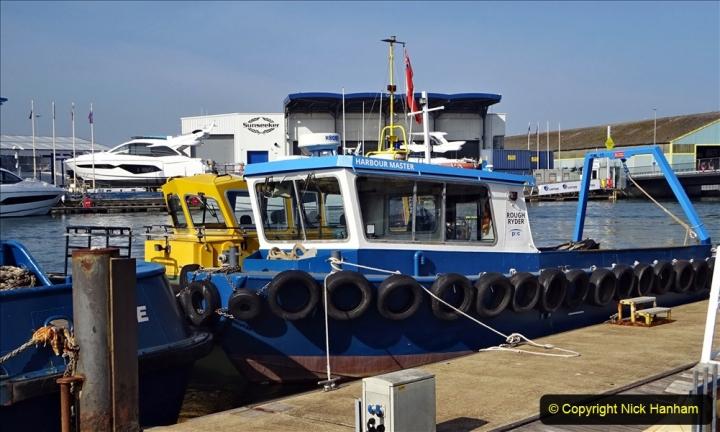 2020 May 09 Covid 19 Walk to Poole Dorset. (67) 067