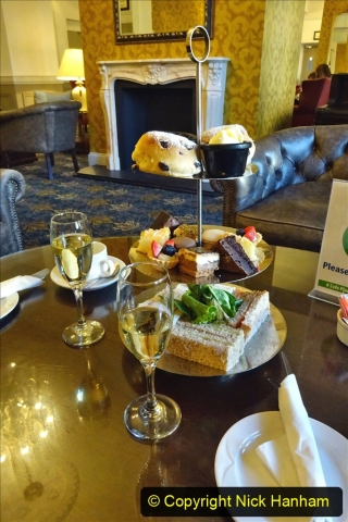 2020-11-04 Afternoon Tea at The Norfolk Royal in Bournemouth before lockdown 2. (15) 015