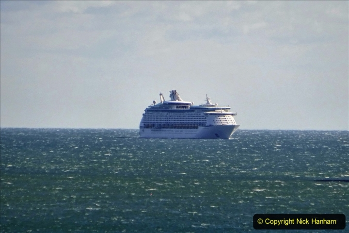 2020-09-25 Poole Bay. (4)  Explorer of the Seas. 4