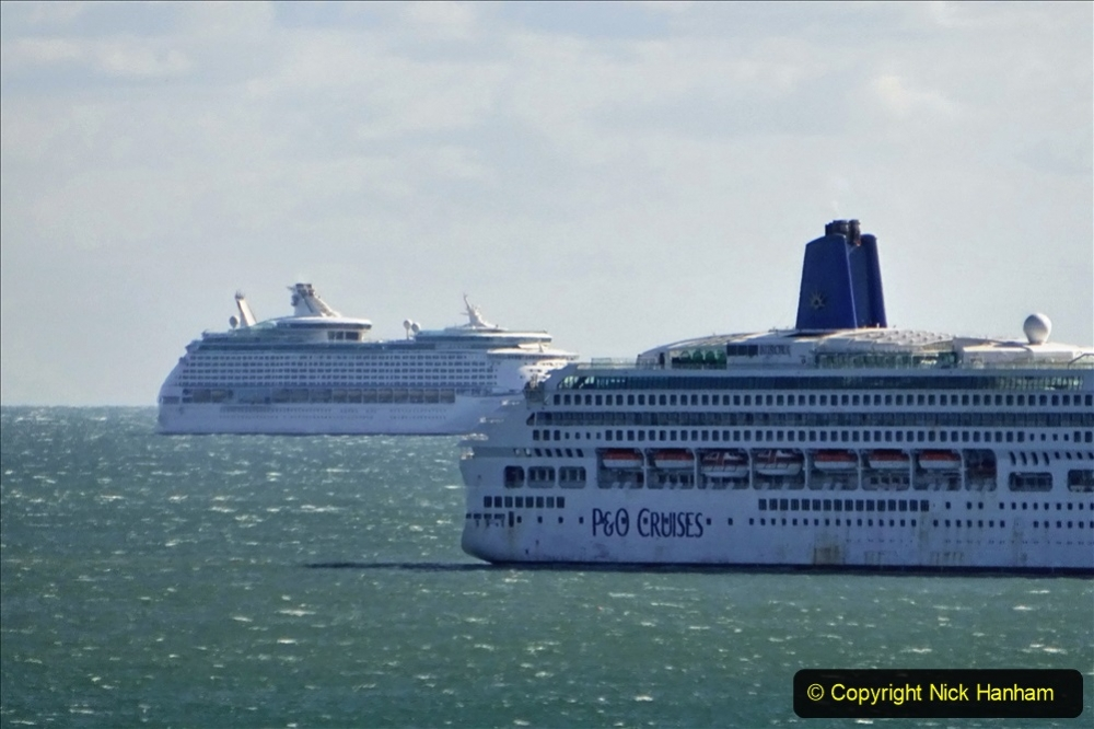 2020-09-25 Poole Bay. (7) Explorer of the Seas &  Aurora. 7