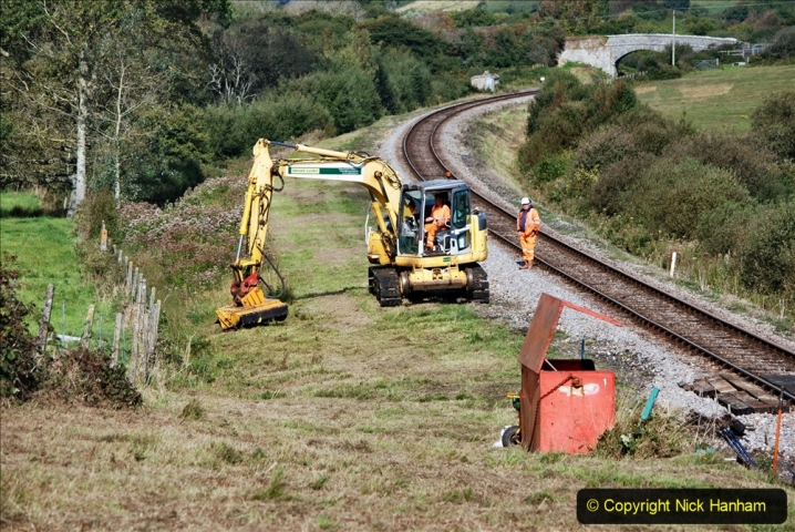 2020-09-29 SR Stone Blowing and Trackside Clearance. (241) 241