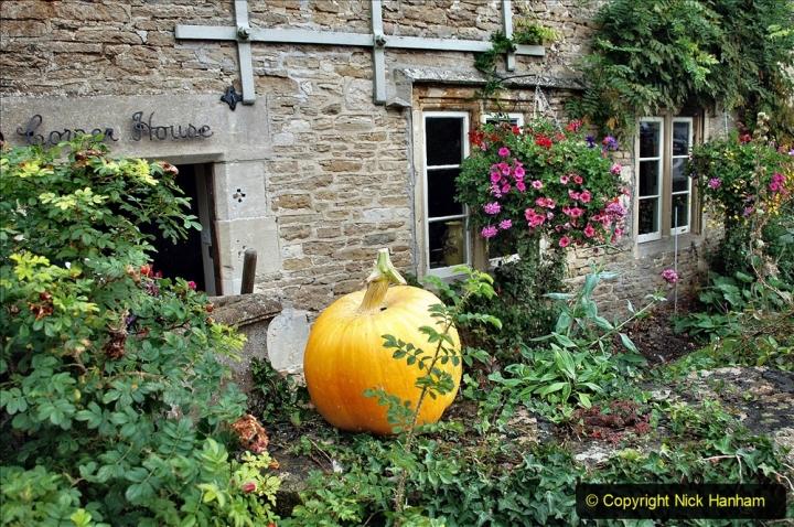 2020-09-30 Covid 19  Visit to Lacock, Wiltshire. (33) 033