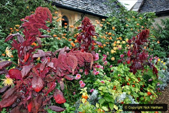 2020-09-30 Covid 19 Visit to Great Chalfield Manor & Gardens, Wiltshire. (111) 111