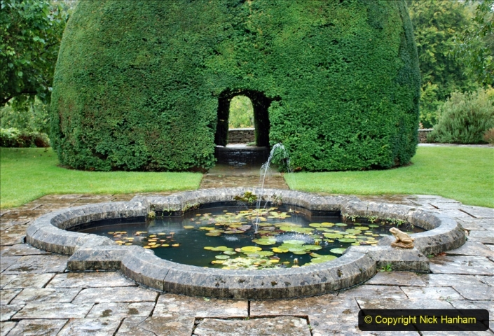 2020-09-30 Covid 19 Visit to Great Chalfield Manor & Gardens, Wiltshire. (26) 026