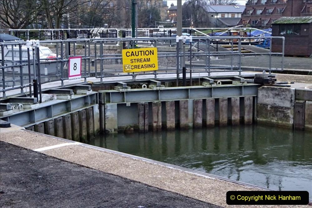 2020 02 25 Teddington Area of London (16) Teddington Lock 001