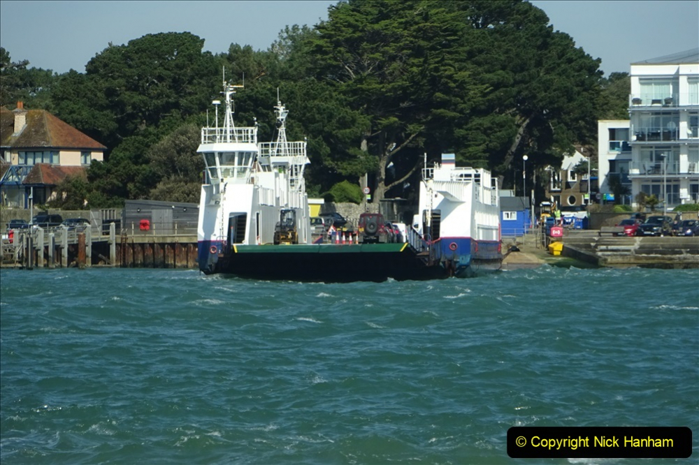 2020 03 23 Sandbanks Ferry crossing from Studland to Sandbanks and shipping (1) 076