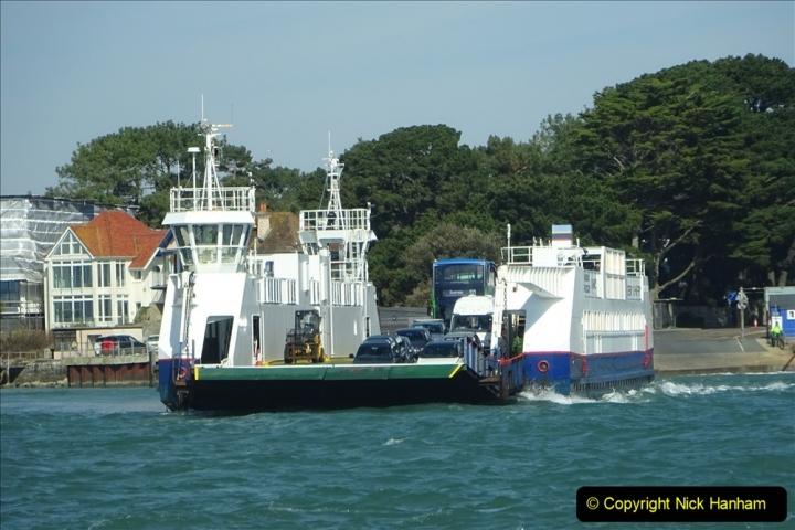 2020 03 23 Sandbanks Ferry crossing from Studland to Sandbanks and shipping (8) 076