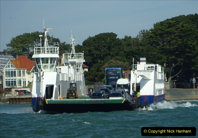 2020 03 23 Sandbanks Ferry crossing from Studland to Sandbanks and shipping (9) 076