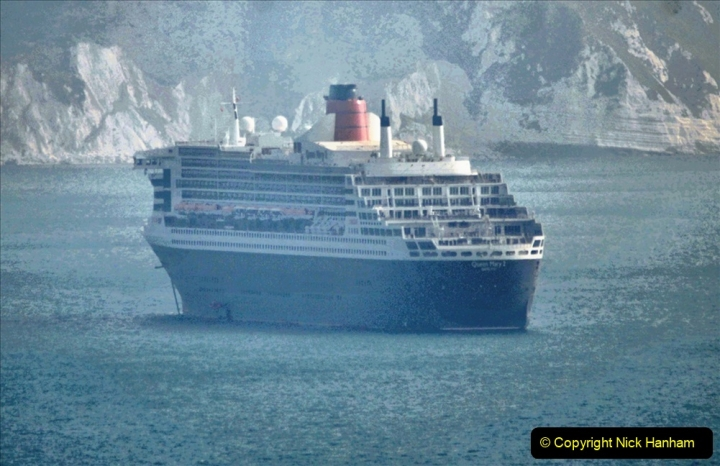 2020-08-10 Cruise ships in Weymouth Bay. (13) Queen Mary 2. 146
