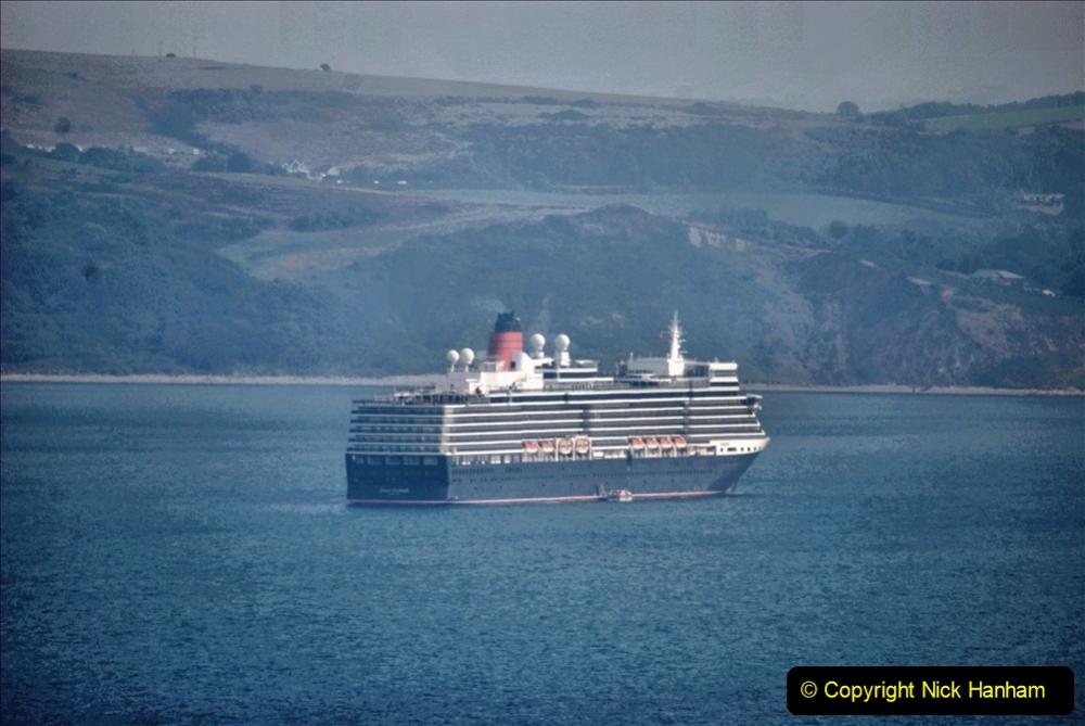 2020-08-10 Cruise ships in Weymouth Bay. (14) Queen Elizabeth. 147