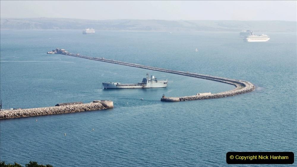 2020-08-10 Cruise ships in Weymouth Bay. (3) 136