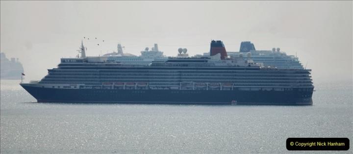 2020-08-10 Cruise ships in Weymouth Bay. (30) Queen Elizabeth 3. 162