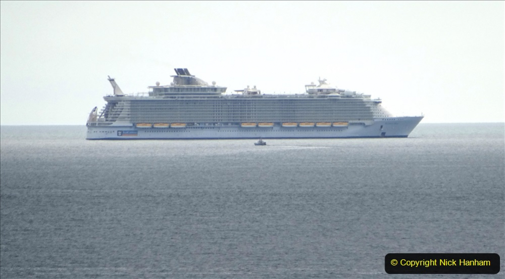 2020-09-09 Poole Bay. Allure of the Seas. (1)175