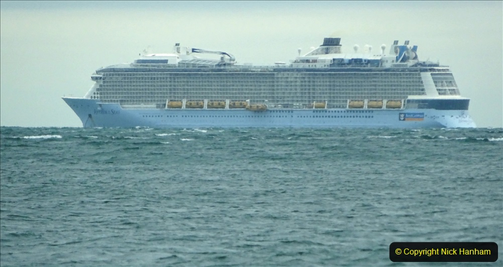 2020-11-27 Poole Bay. (3) Anthem of the Seas late PM.193