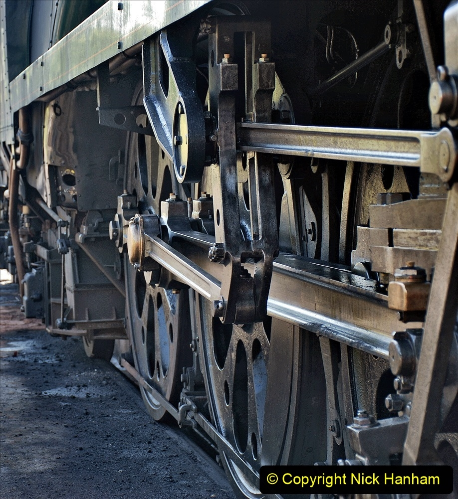 2021-07-09 End of Southern Steam 1967. (56) Mud hole door fettling. 057