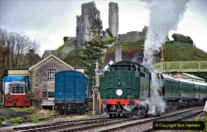 2021-04-12 SR First public train of 2021. (102) First down train return working at Corfe Castle. 102