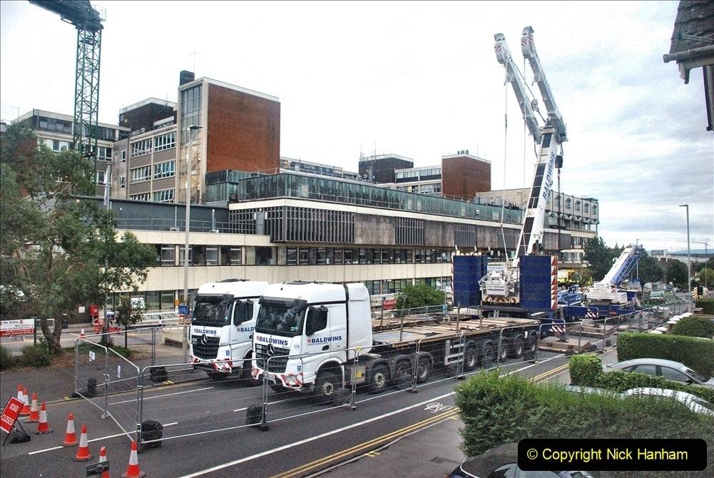 2021 August 02 Poole Hospital Crane Operation!