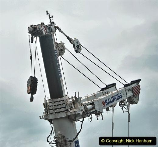 2021-08-01 Poole Hospital Crane Operation. (14) 014